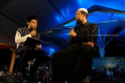 10 Soalan Agama Ustaz Azhar Idrus Zizan Raja Lawak Sambutan Tahun Baru 2012