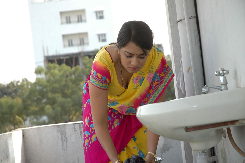 Nikitha Hot Photo Stills In Apartment Telugu Movie | Zust Cinema