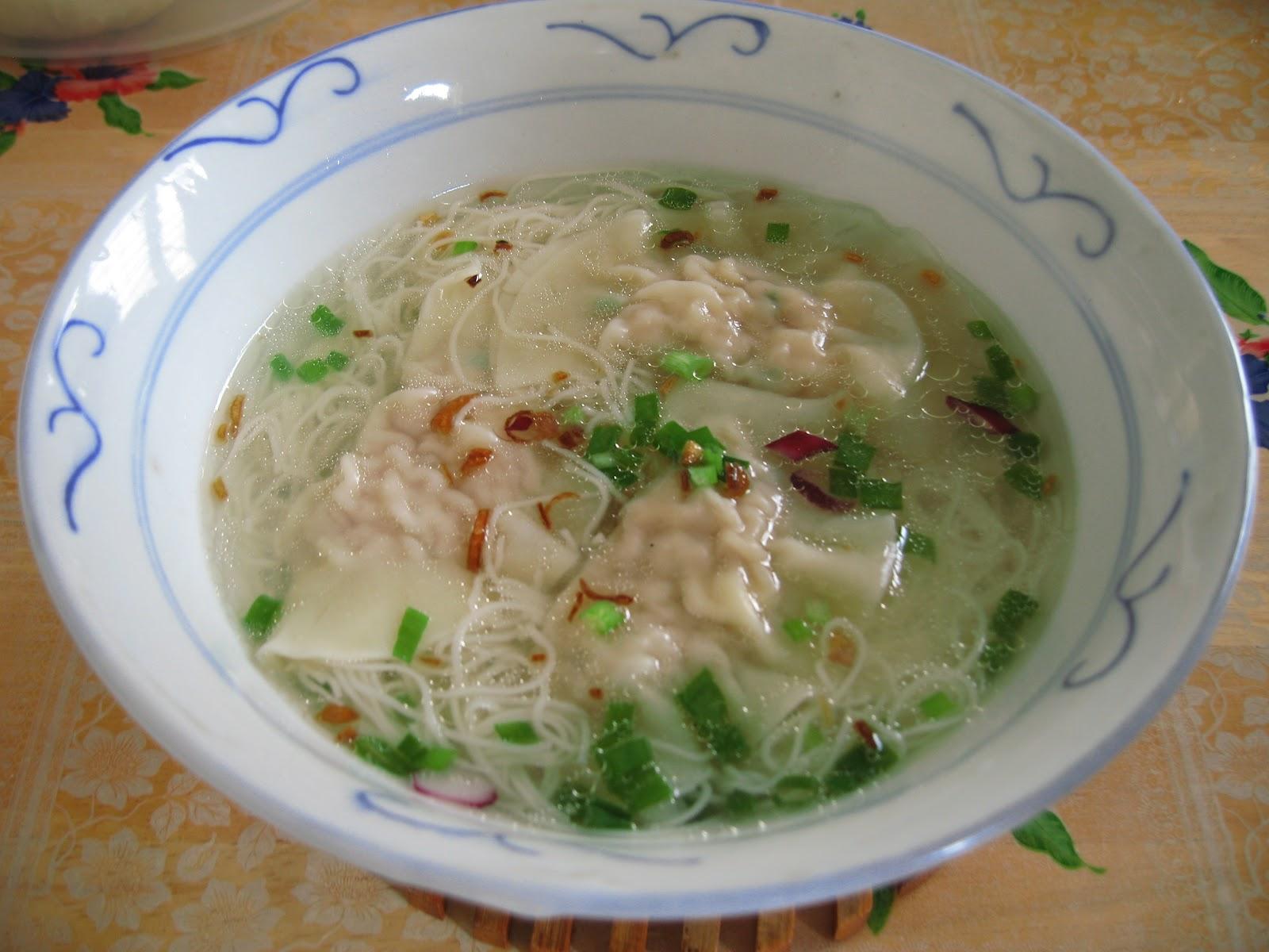Sumptuous Flavours: Mee Suah Soup With Sui Kow Dumplings