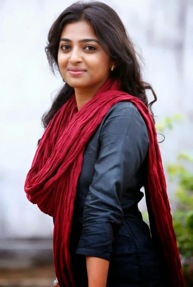 Radhika Apte Cute Pics