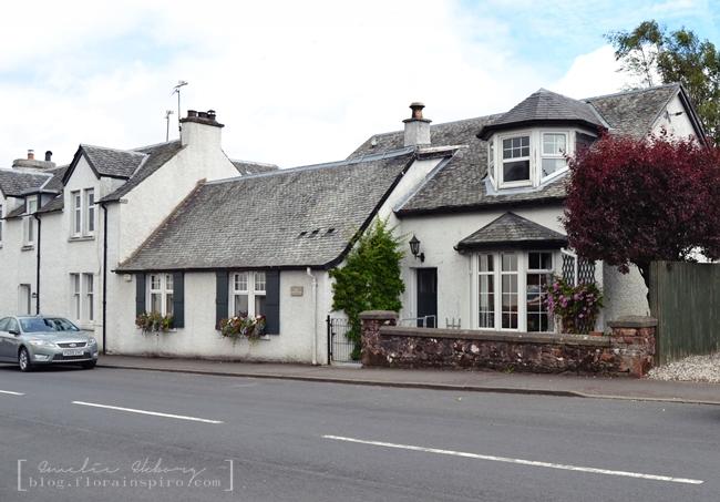 farm house, cottage village scotland