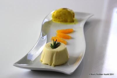 Orangeneis mit Szechuanpfeffer und Rosarin-Panna Cotta | Arthurs Tochter Kocht by Astrid Paul