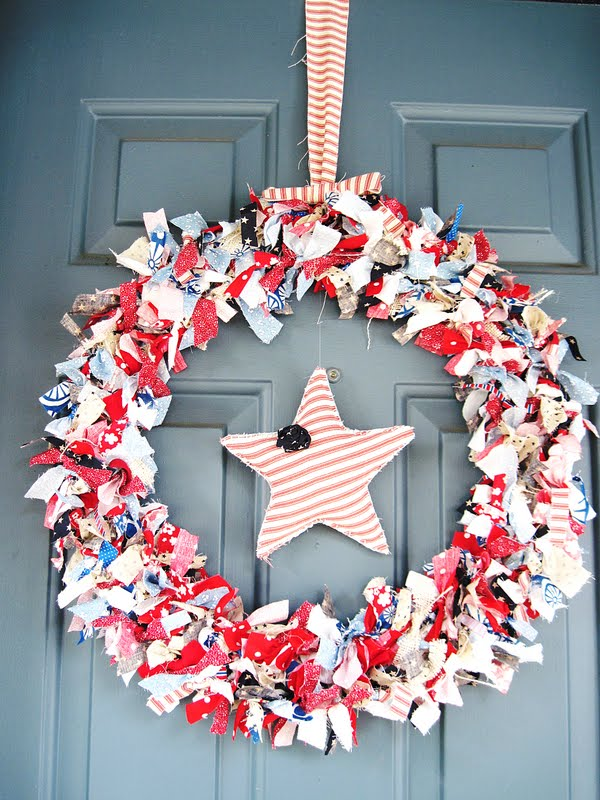 Two Shades of Pink: All American Rag Wreath with a Cute Little Star!