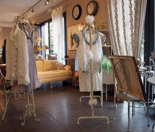 magliamo: art maison, formigine - Shabby Chic Arredamento Negozi