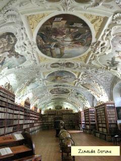 praga-strahov-biblioteca-sala-teologiei