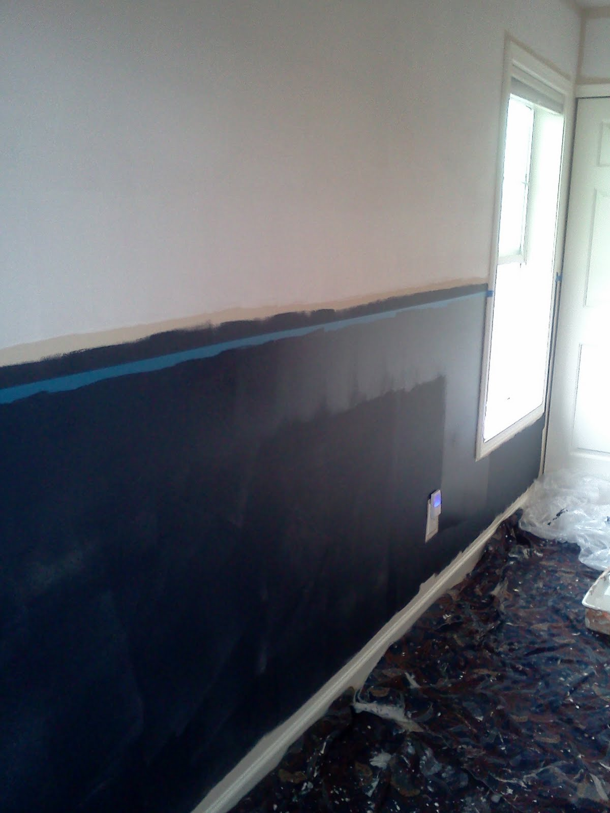 As always when working with navy blue and darker based colors you need many coats of paint to achieve the actual color that you're looking for.