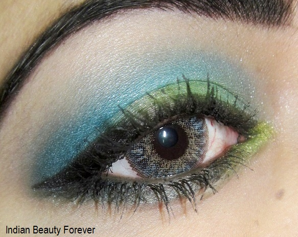 Blue with green eye makeup tutorial steps