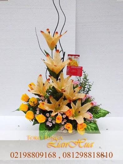 bunga meja artificial indah dan elegant