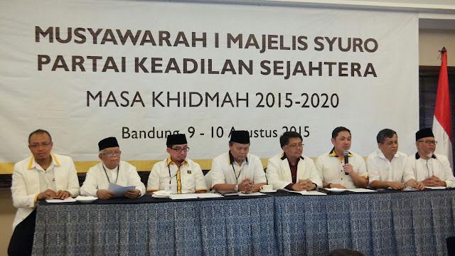 Selamat ! Majelis Syuro PKS Dipimpin Habib Salim Segaf Al Jufri – Hidayat Nur Wahid