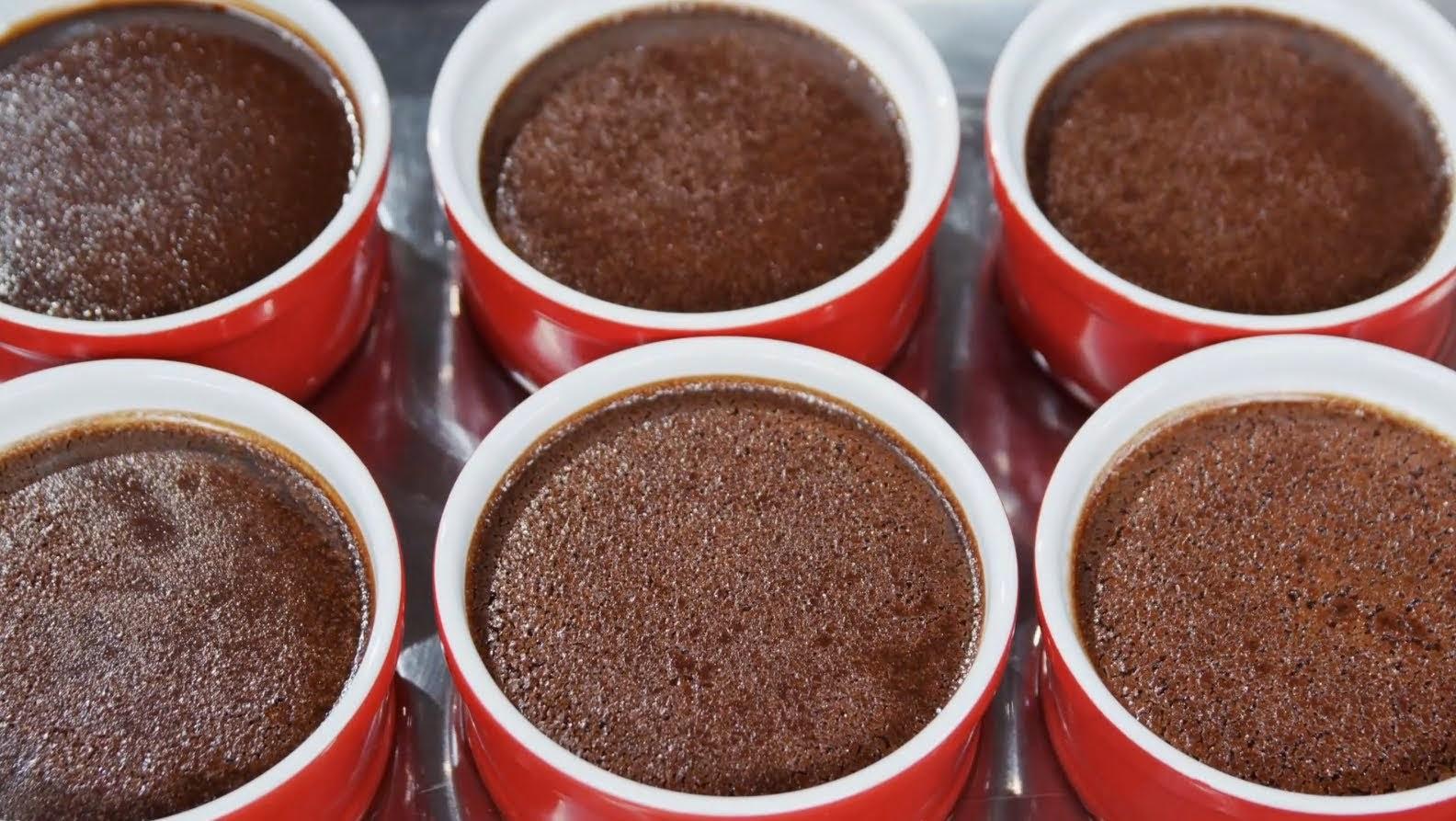 طريقة عمل كريمة الكاسترد بالشوكولا