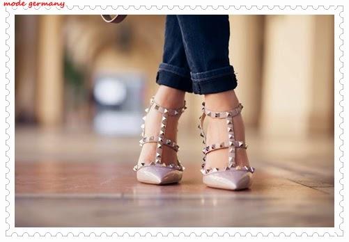 Farbige Schuhe für den kommenden Sommer