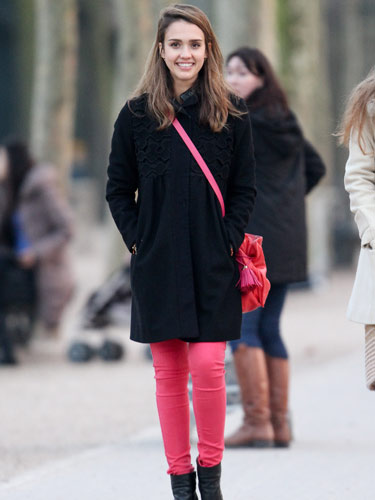 Lifestyle in Blog: 5 things to know while wearing Pink and Black