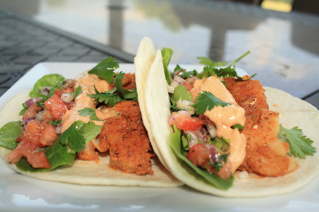 Jourdan leigh in the kitchen blackened fish tacos w for Fish taco white sauce