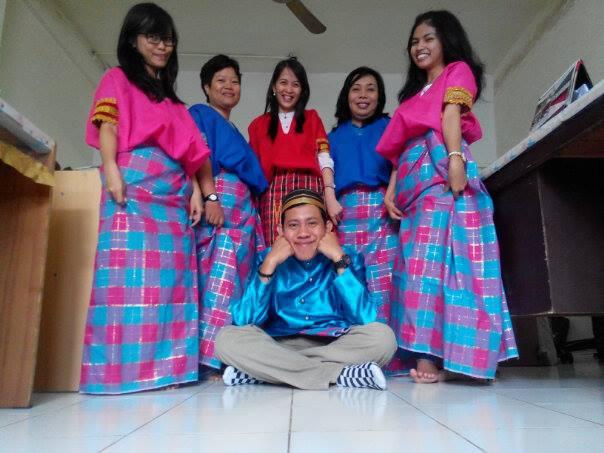 Staff Makassar Persiapan Natal