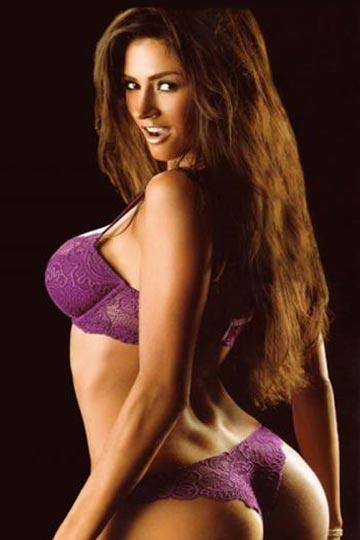 modelo y cantante argentina Dorismar