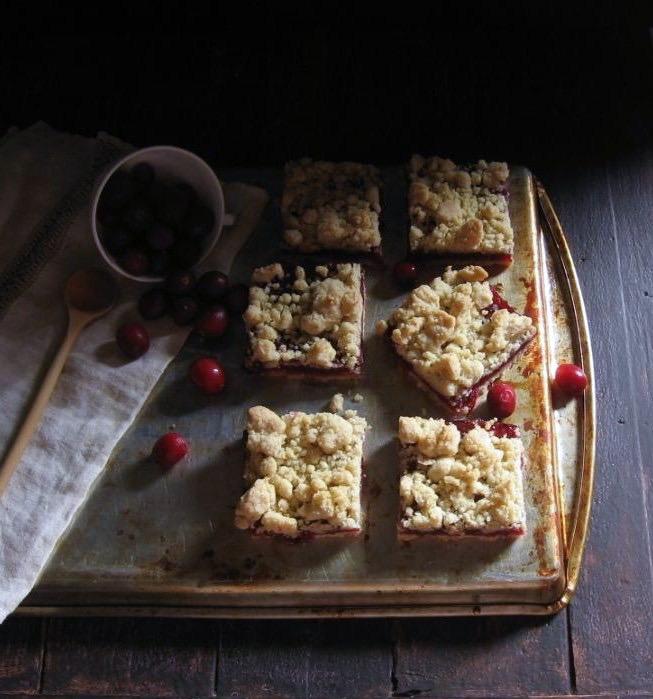 brown butter cranberry streusel bars | une gamine dans la cuisine