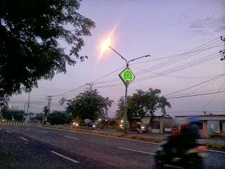 Asmaul Husna di Bawah Lampu Jalan Raya Kota Sidoarjo