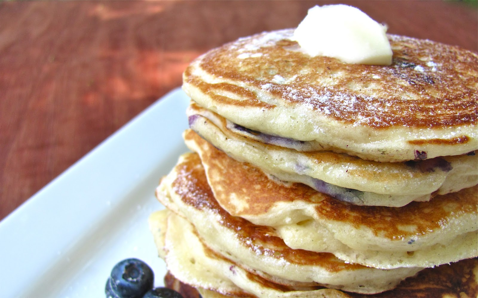 Sprinkle Some Sunshine!: blueberry buttermilk pancakes party!