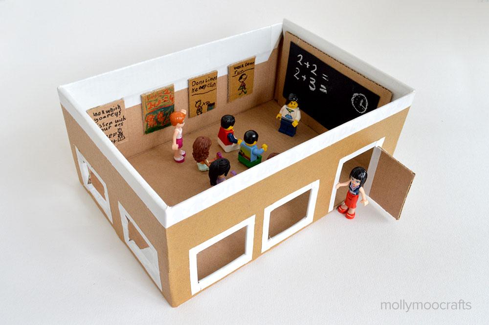 kidissimo: pour jouer à l'école : une salle de classe fabriquée