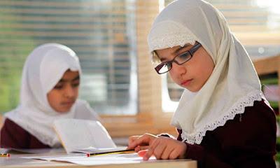 Sekolahkan Anak di Sekolah Non-Islam, Bolehkah?