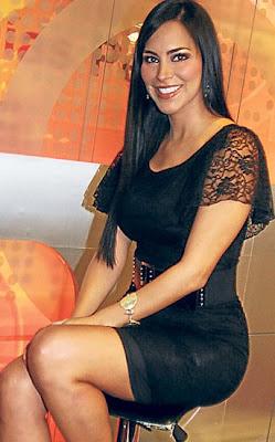 Claudia Hernández sonriendo