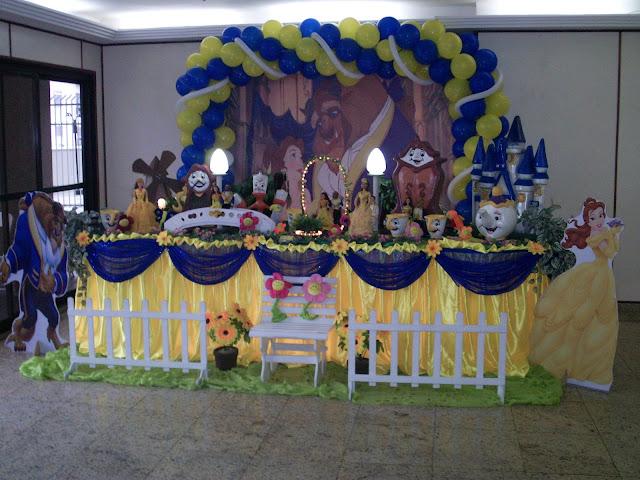festa infantil - decoração de mesa de aniversário da Bela e a Fera