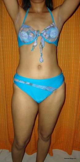 Desi Girl Stripping off Blue Bra Panty Showing Tits And Pussy Pics