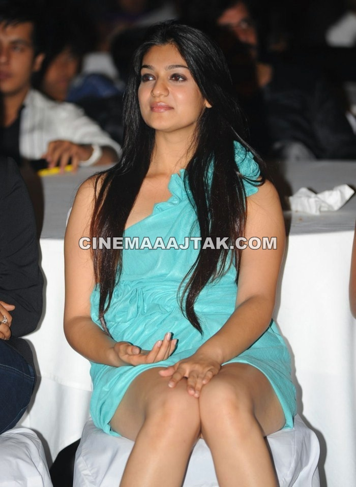 Siya Gautham in Sexy Dress1 - Siya Gautham Hot Pics in Sexy Dress At CCL 2012 Calendar Launch New Images