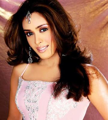 Hrishita Bhatt sexy picture