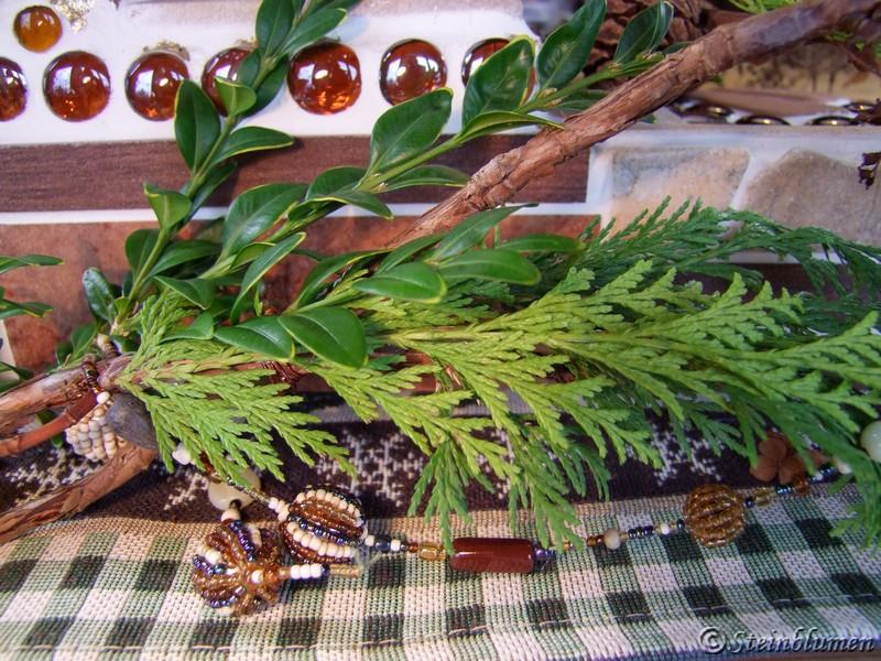Adventsdeko mit Buchsbaum