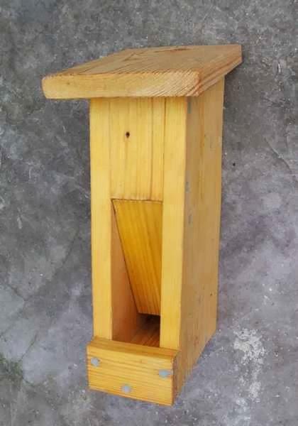 Unis Vers Nature Fabriquer une mangeoire à oiseaux ~ Fabriquer Mangeoire Oiseau Bois