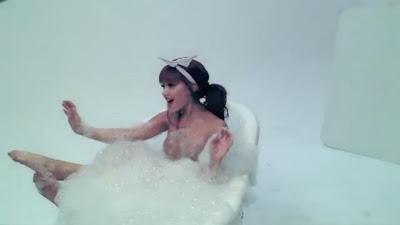 Ariana Grande Nude