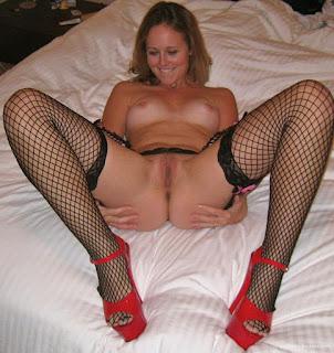 Casual Bottomless Girls - sexygirl-image_9-756676.jpeg
