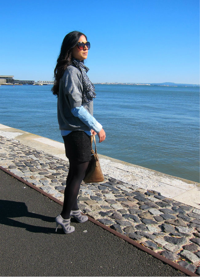 denim shirt, daniela pires, fashion blogger, street style, ankle boots, furla, look