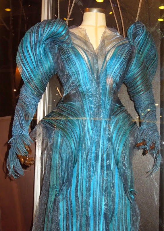 Hollywood Movie Costumes And Props Meryl Streep 39 S Witch