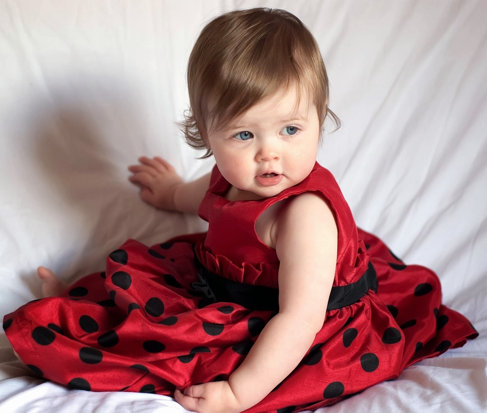 Cute Little Girl Dresses Picture