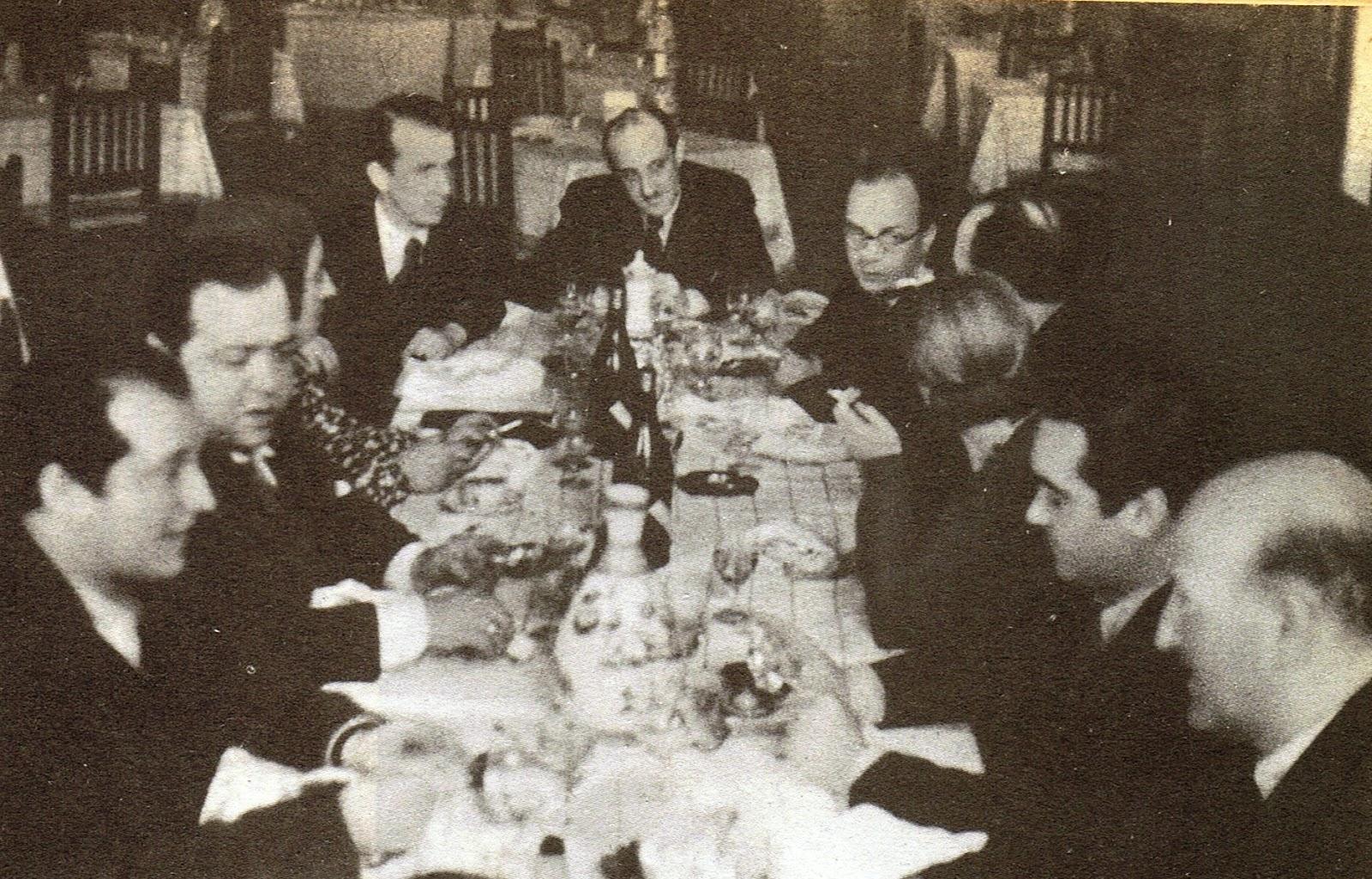Lorca en una comida en honor de un grupo de periodistas argentinos en febrero de 1936