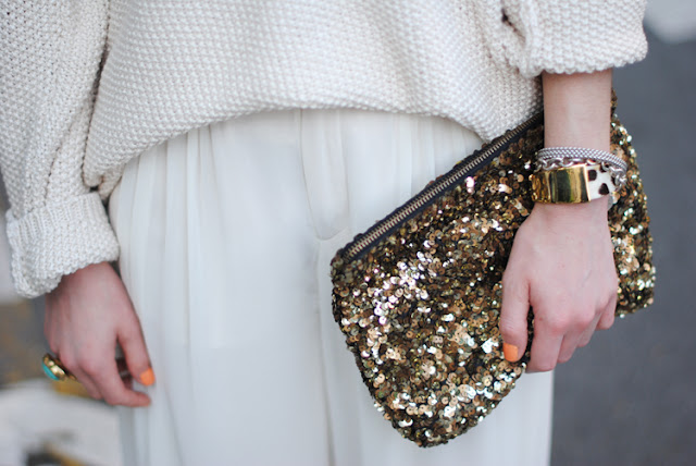 Zara Gold Sequins Clutch