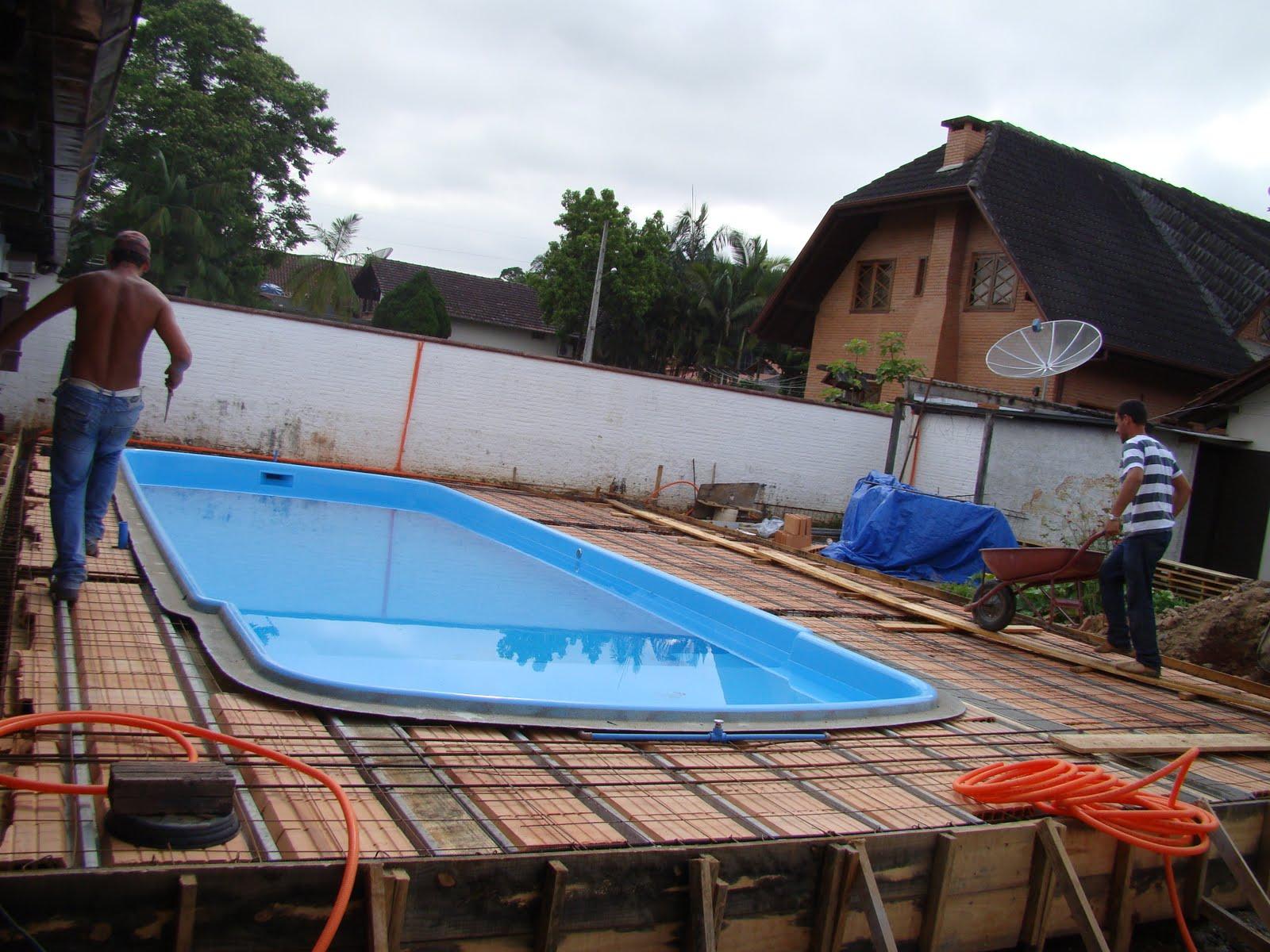 Pin piscinas fibra pre genuardis portal on pinterest - Piscinas de fibra ...