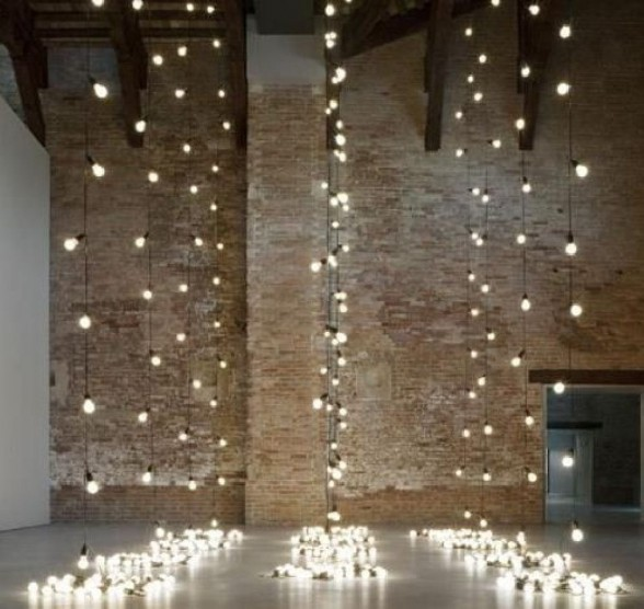 LET'S STAY: Creative Christmas Lighting Decoration Ideas