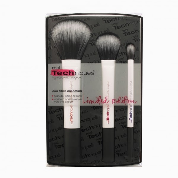http://www.boots.com/en/Real-Techniques-Limited-Edition-Duo-Fibre-Set_1333699/