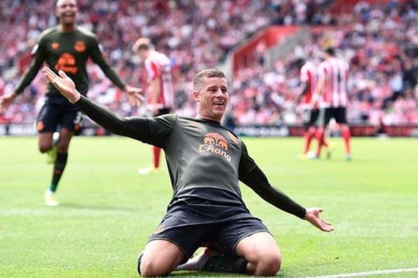 Ross Barkley Rayakan Cetak gol ke gawang Southampton