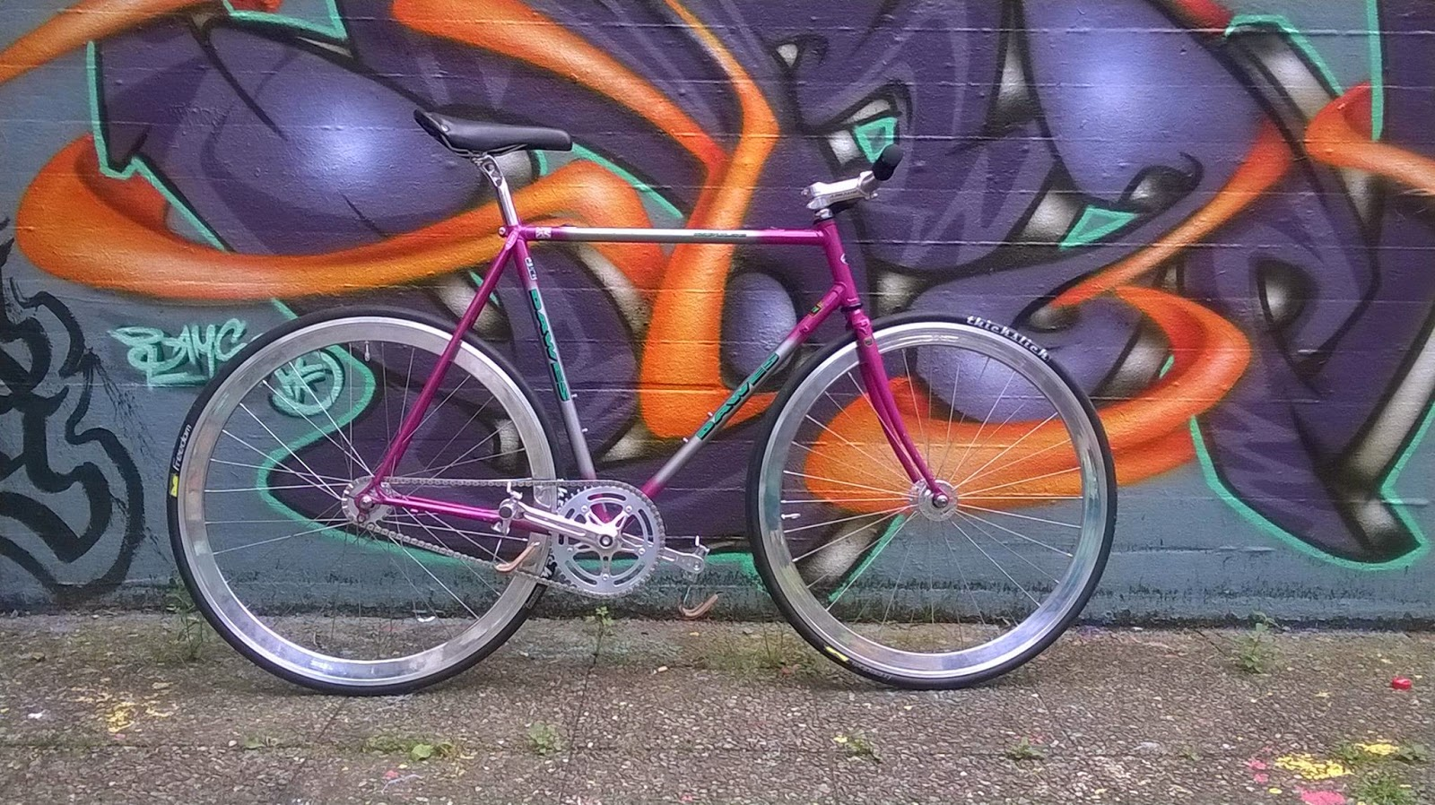 """""""Barbie Bitch""""   A recycled old bike converted in fixie by Werner from Germany"""