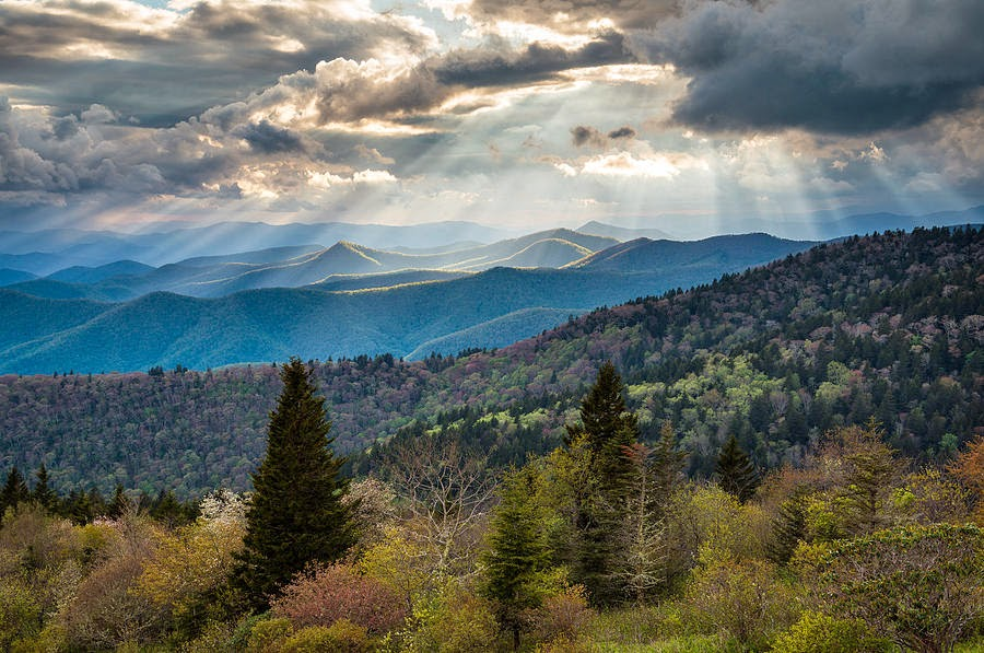 North America blue ridge mountain landscape