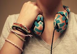 Escuchar música por la noche y que te recuerde a ÉL.