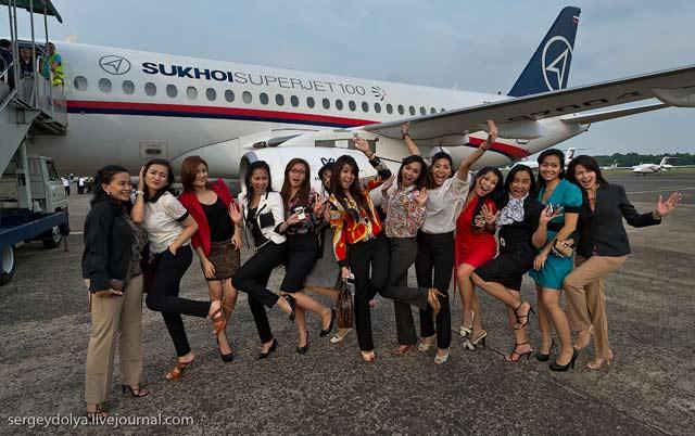 Pramugari Sexy Pesawat Sukhoi6