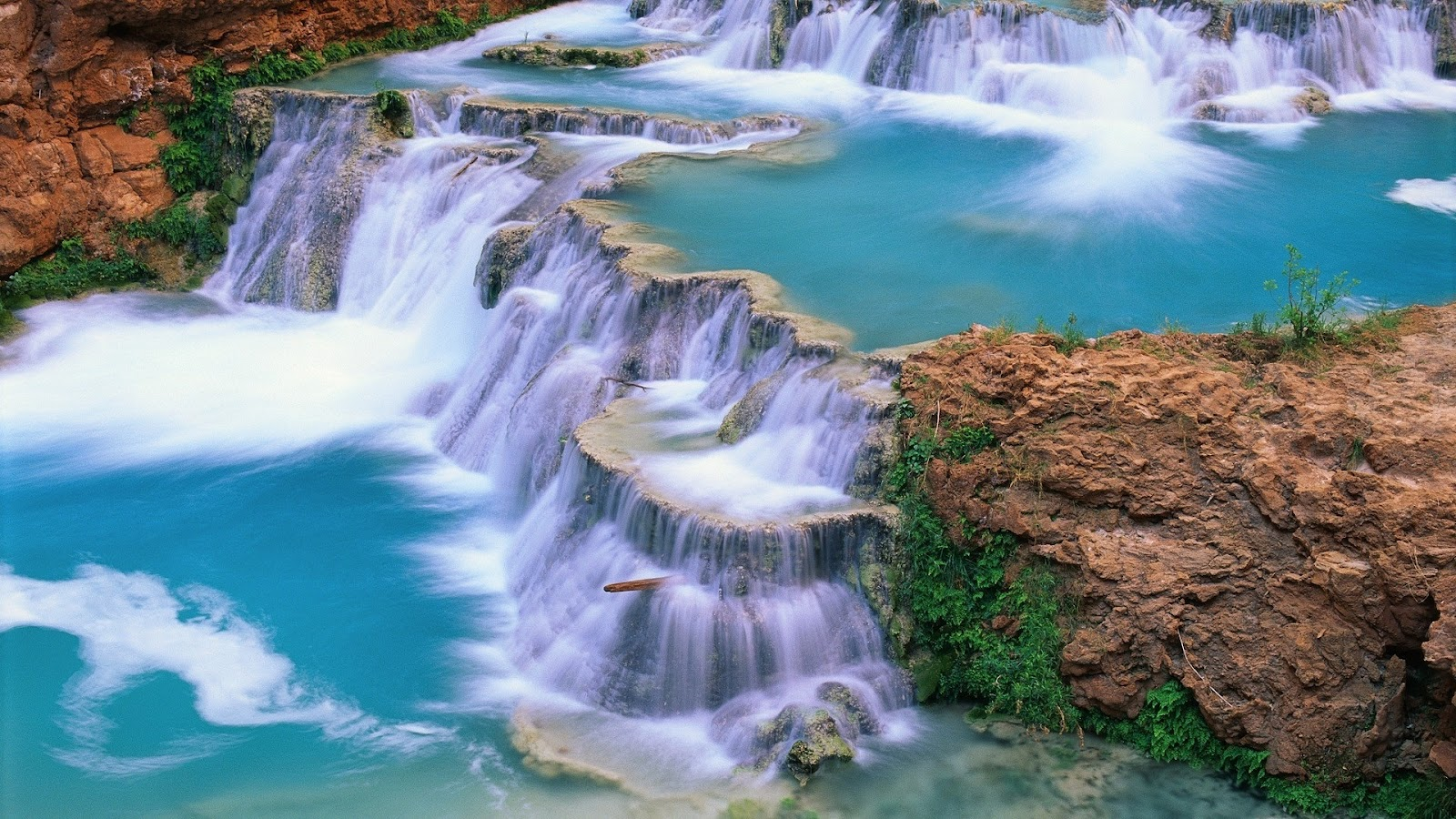 http://3.bp.blogspot.com/-R3Adg6PDWiU/UQFNX-85XKI/AAAAAAAAQMM/3-I4OUwJBs4/s1600/Waterfall+HD+Wallpapers+(6).jpg