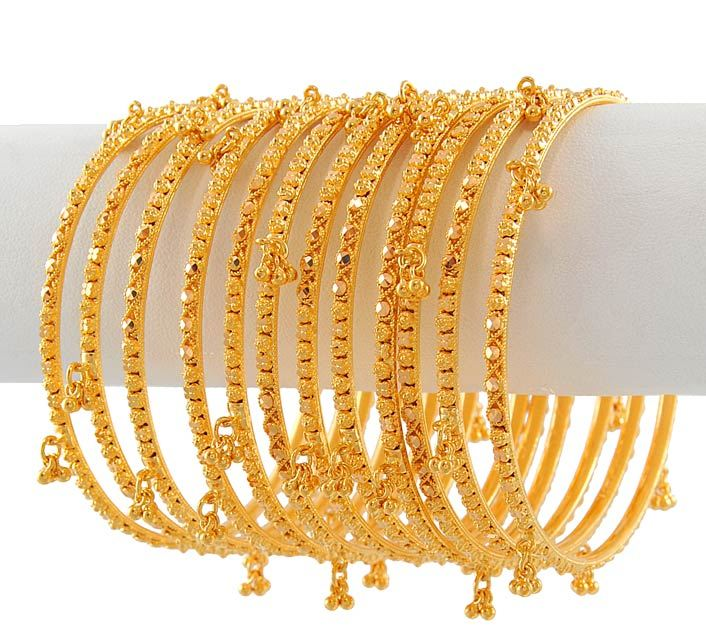 hairstyle coiging: Indian Bridal Bangles