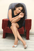 Ishika singh latest photos-thumbnail-18