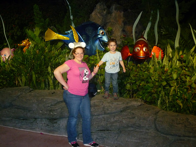 Walt Disney World, Disney vacation, Walt Disney World at Christmas, Epcot,